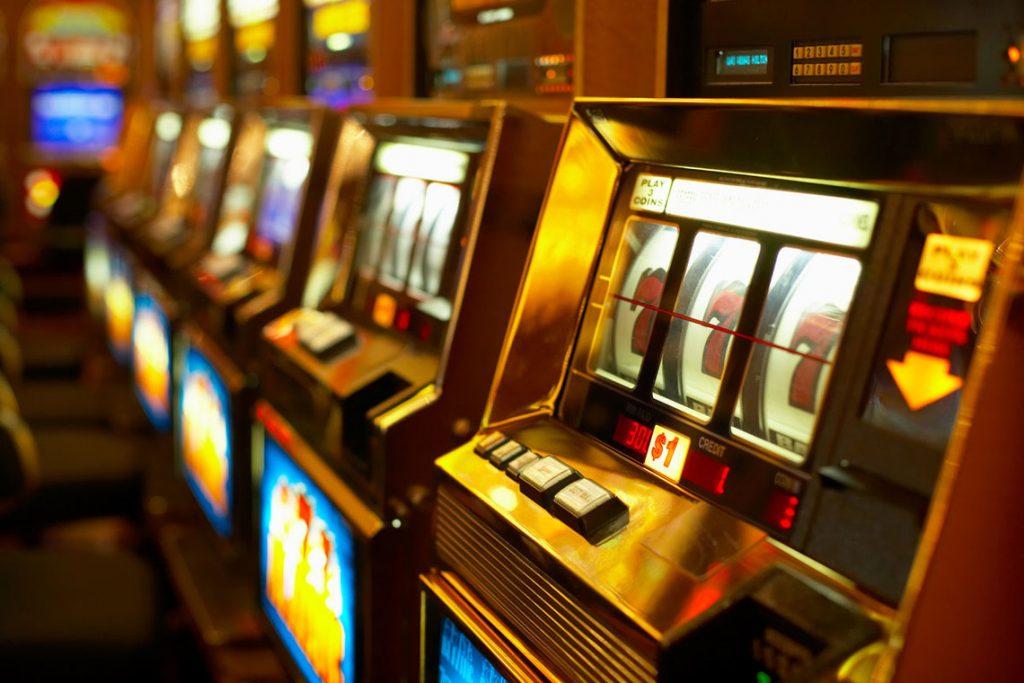 Азартные игровые автоматы играть бесплатно казино вулкан.